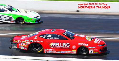 (near lane) Erica Enders vs (far lane) Kenny Delco